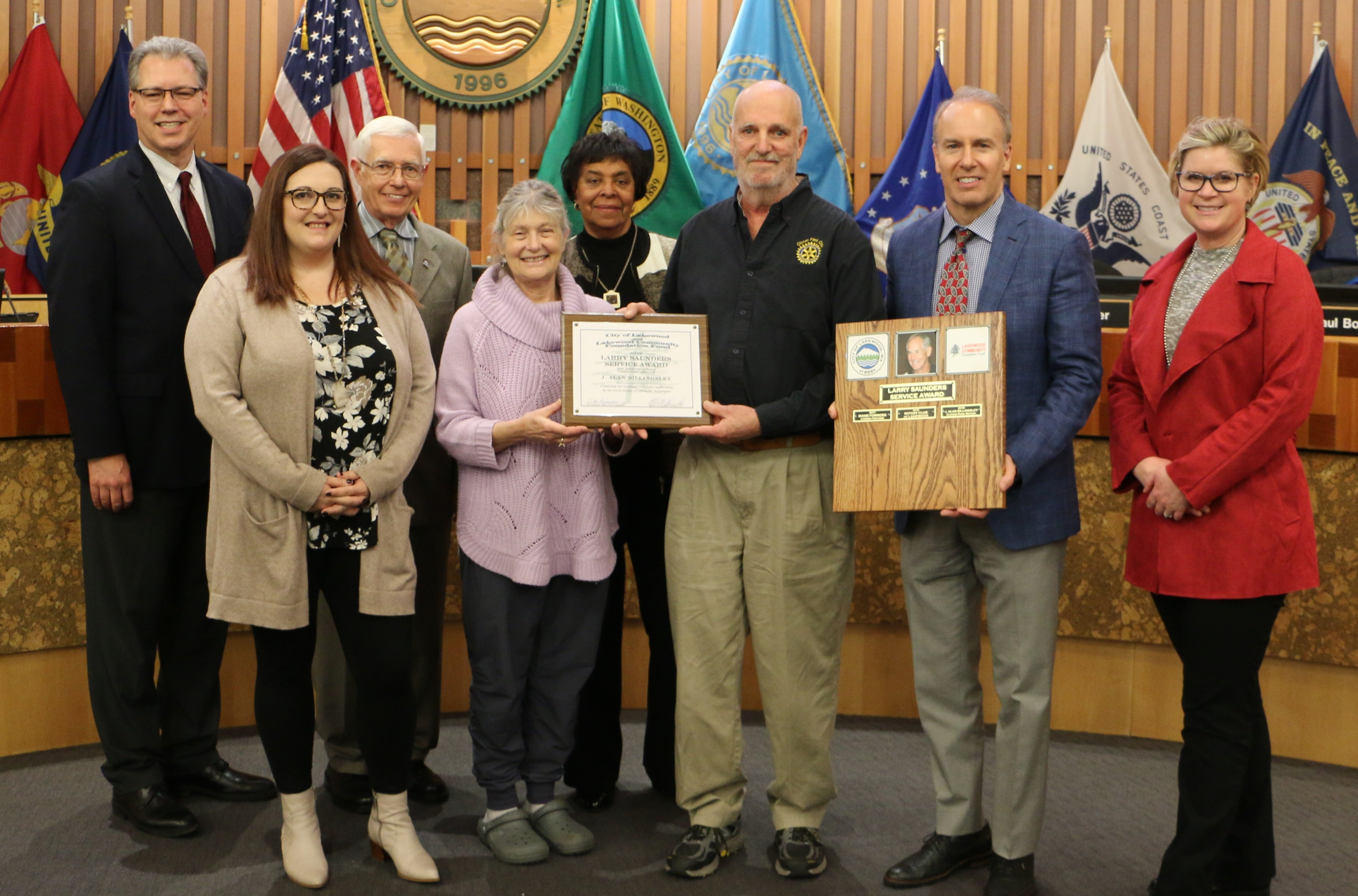 Sally Saunders and the City Council present the award to Alan Billingsley