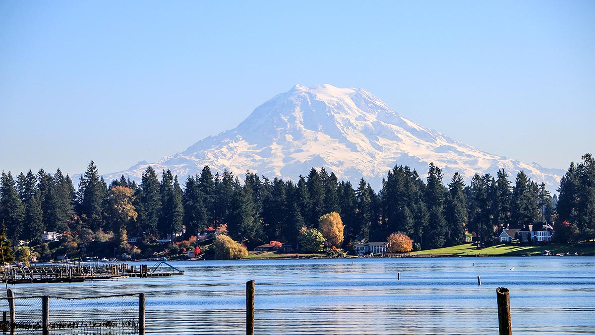 Mount Rainier from American Lake, Lakewood, WA (photo courtesy of the City of Lakewood)